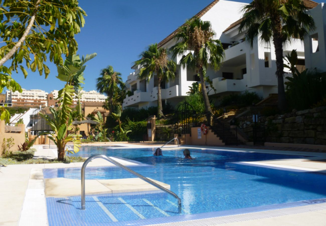 ZapHoliday - 2115 - apartment rental in Manilva, Costa del Sol - swimming pool
