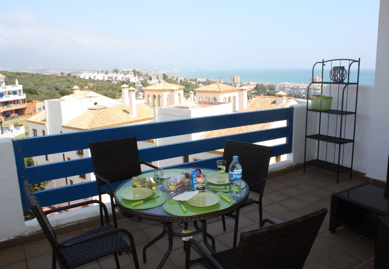 Zapholiday - 2099 - Apartment for rent at Golf La Duquesa, Costa del Sol - terrace