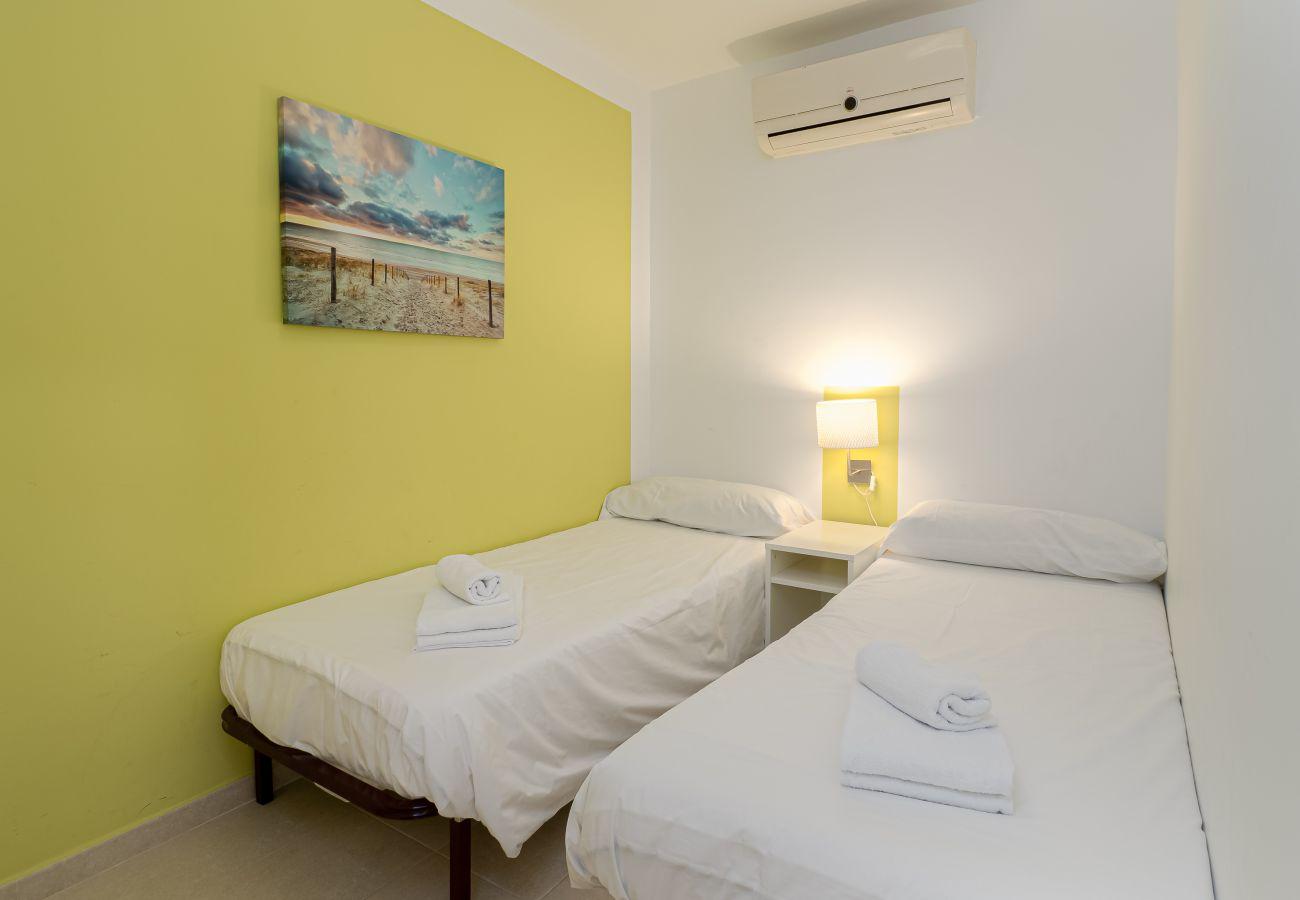 Apartment in Manilva - Boqueron 2001