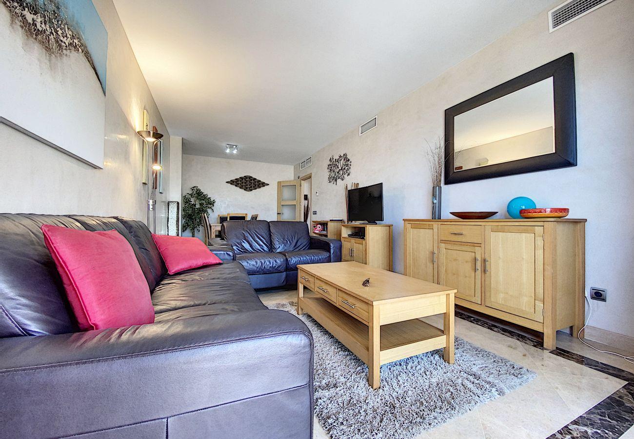 Apartment in Manilva - Marina Del Castillo 2129
