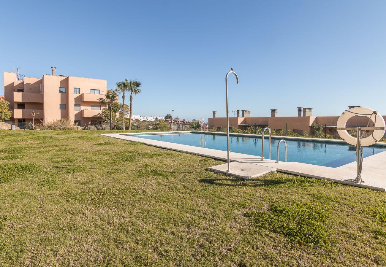 Zapholiday - 2020 - Manilva apartment rental - pool