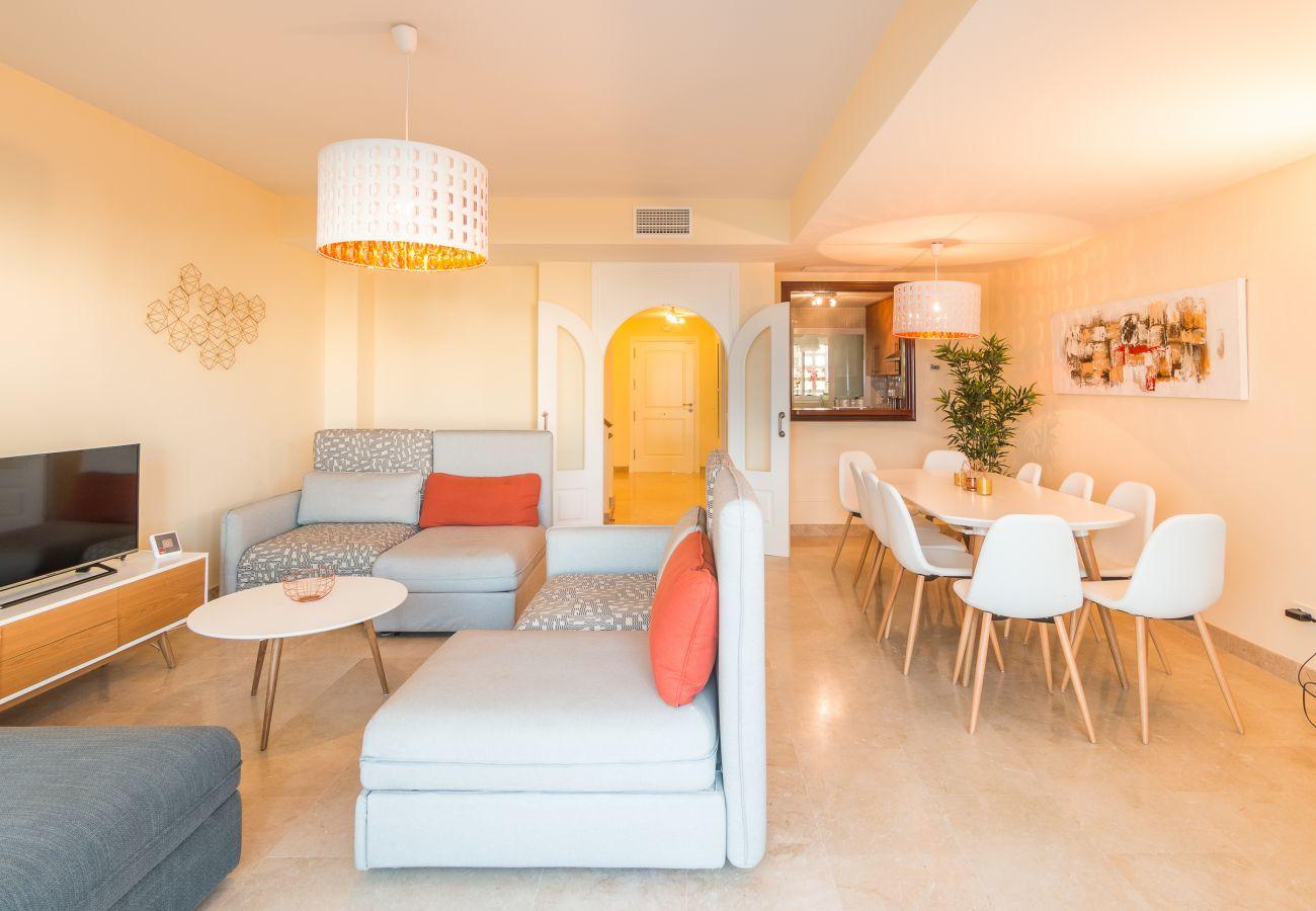 Zapholiday - 2209 - Alcaidesa villa rental - living room