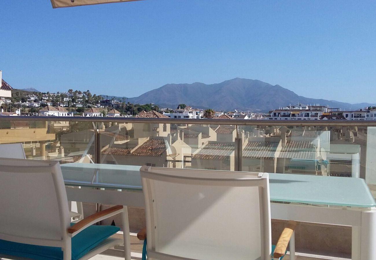 Zapholiday - 2218 - La Duquesa holiday apartment - mountain view