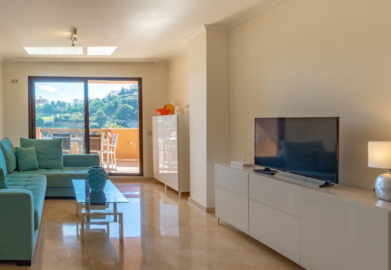 Zapholiday - 2225 - Casares apartment rental - living room