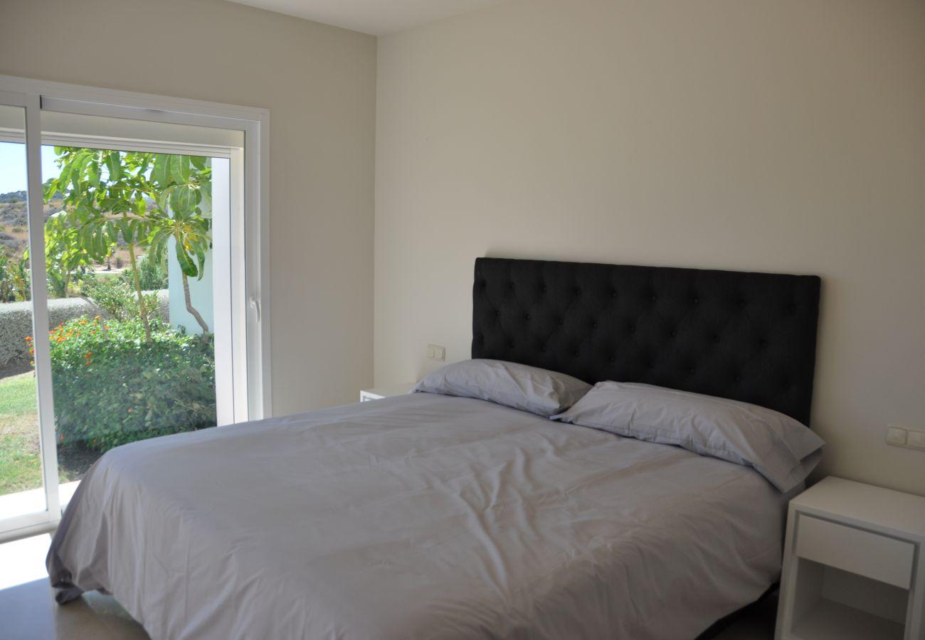 Apartment in Estepona - Alcazaba Lagoon 2221