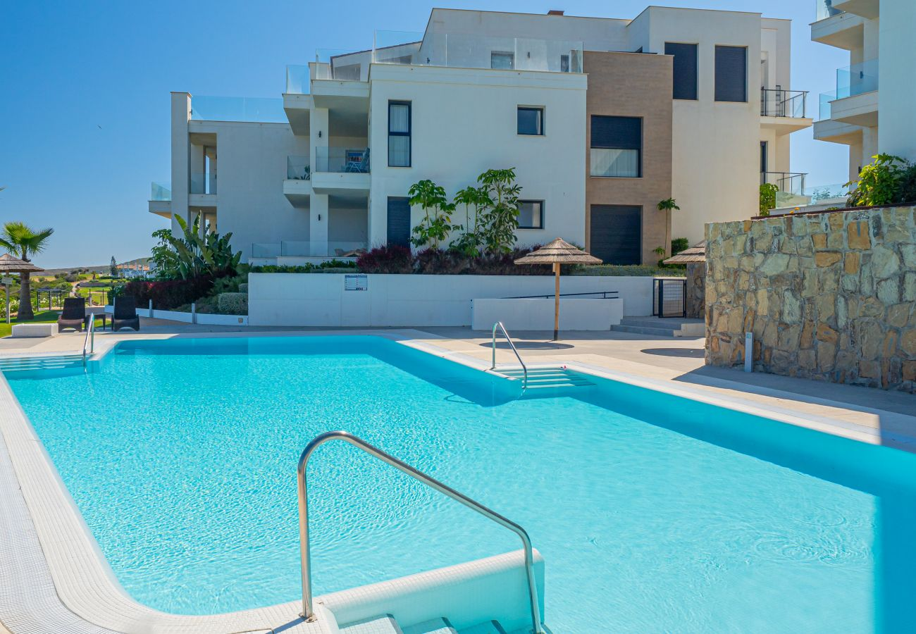 Zapholiday - 2226 - Alcaidesa apartment rental - swimming pool
