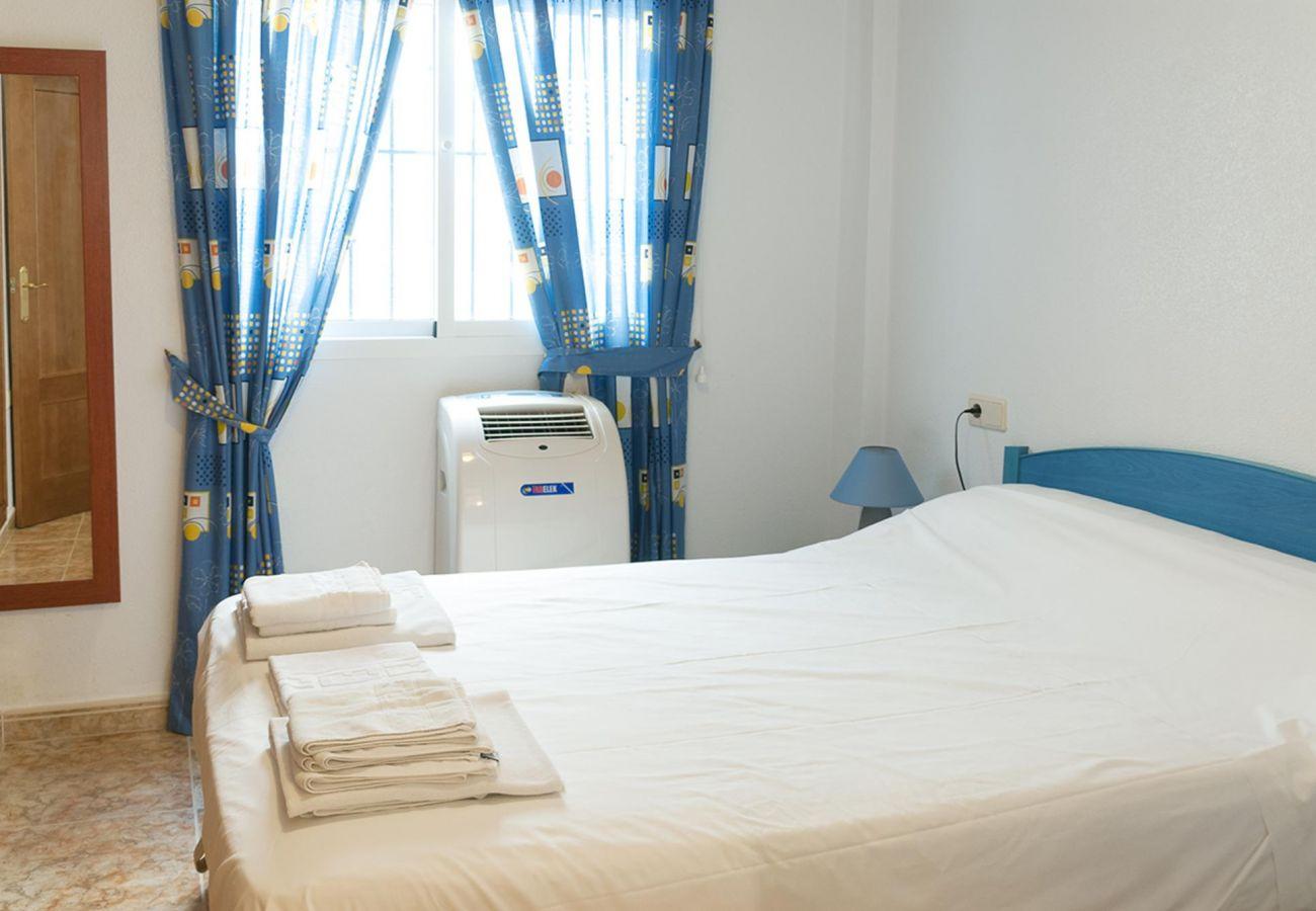 Zapholiday - 3001 - Orihuela Costa - apartment rental - bedroom
