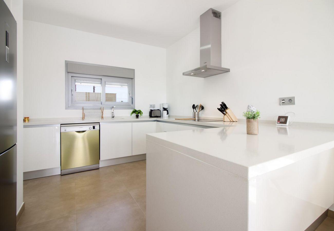 Zapholiday - 3021 - villa Orihuela, Alicante - kitchen