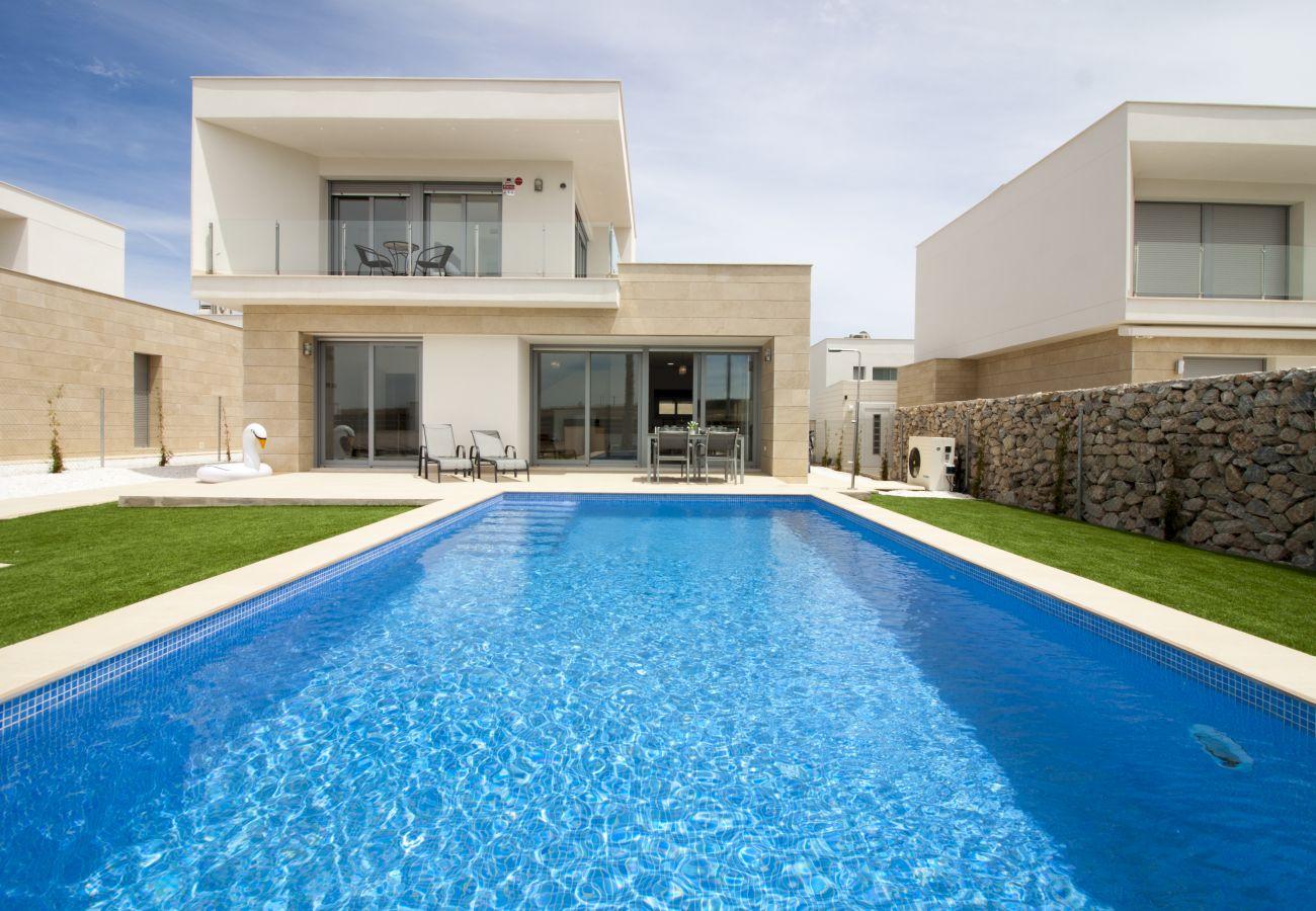 Zapholiday  –  3021  -  villa Orihuela, Alicante  -  swimming pool