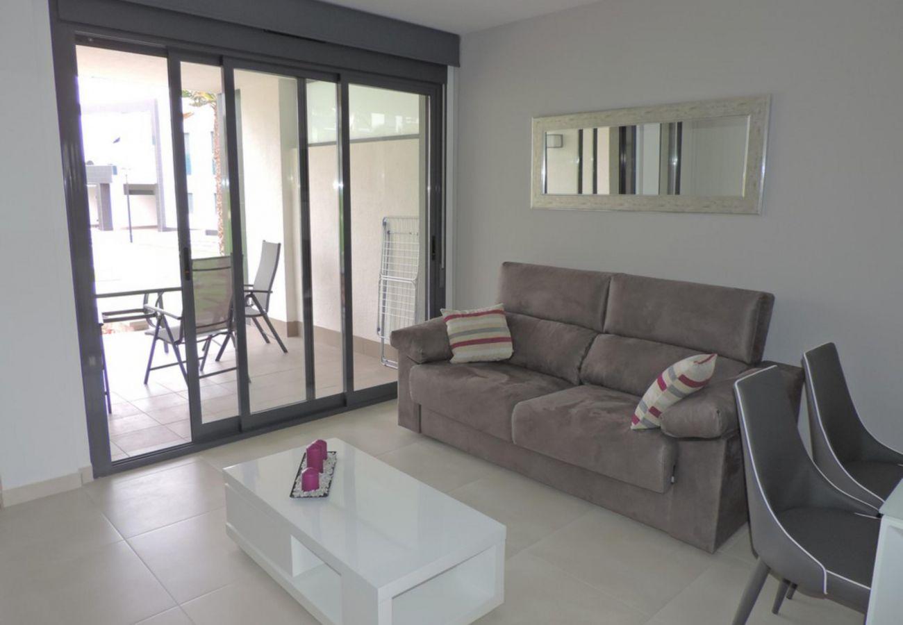 Zapholiday - 3023 - Punta Prima apartment, Costa Blanca - living room