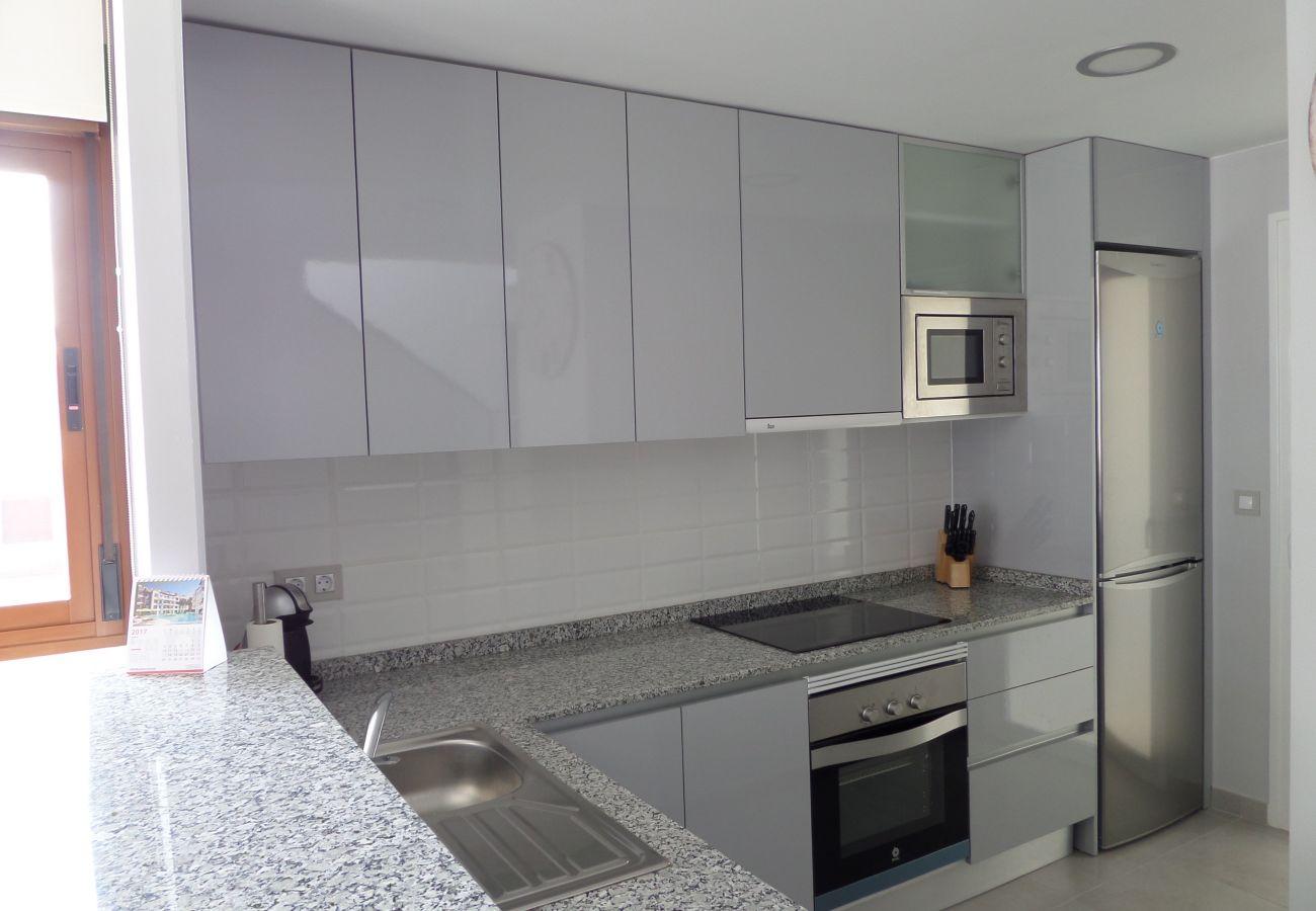 Zapholiday - 3029 - Orihuela Costa penthouse, Costa Blanca - kitchen