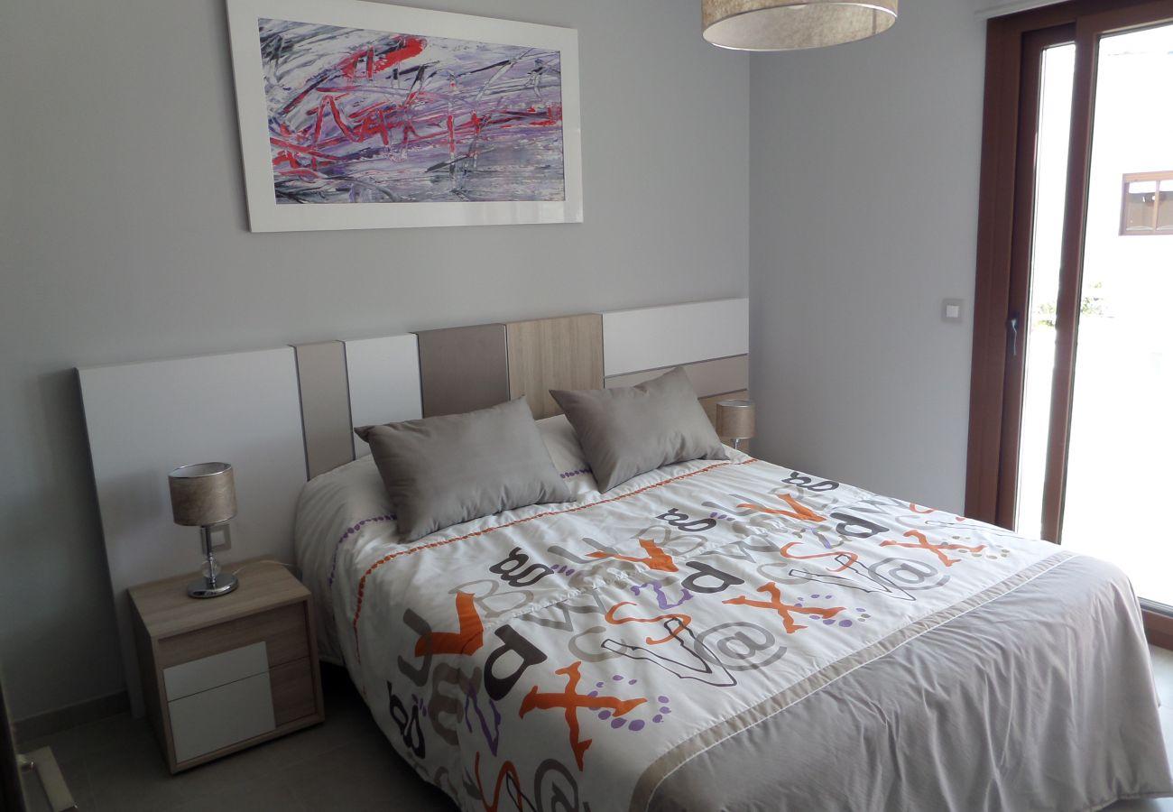 Zapholiday - 3029 - Orihuela Costa penthouse, Costa Blanca - bedroom