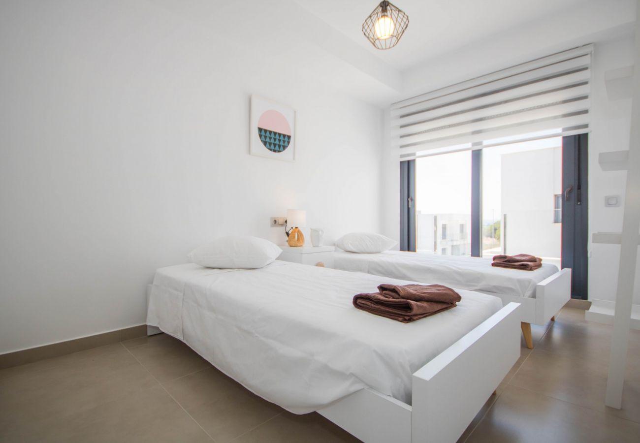 Zapholiday  –  3034  -  villa  Vistabella golf , Alicante - bedroom