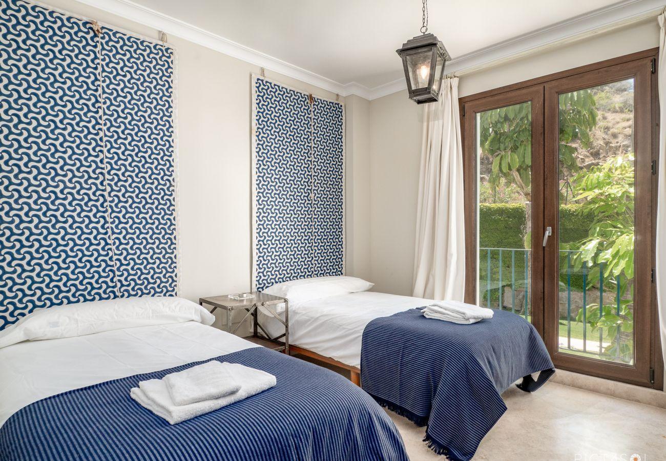 Apartment in Casares - Altos de Cortesin 5000