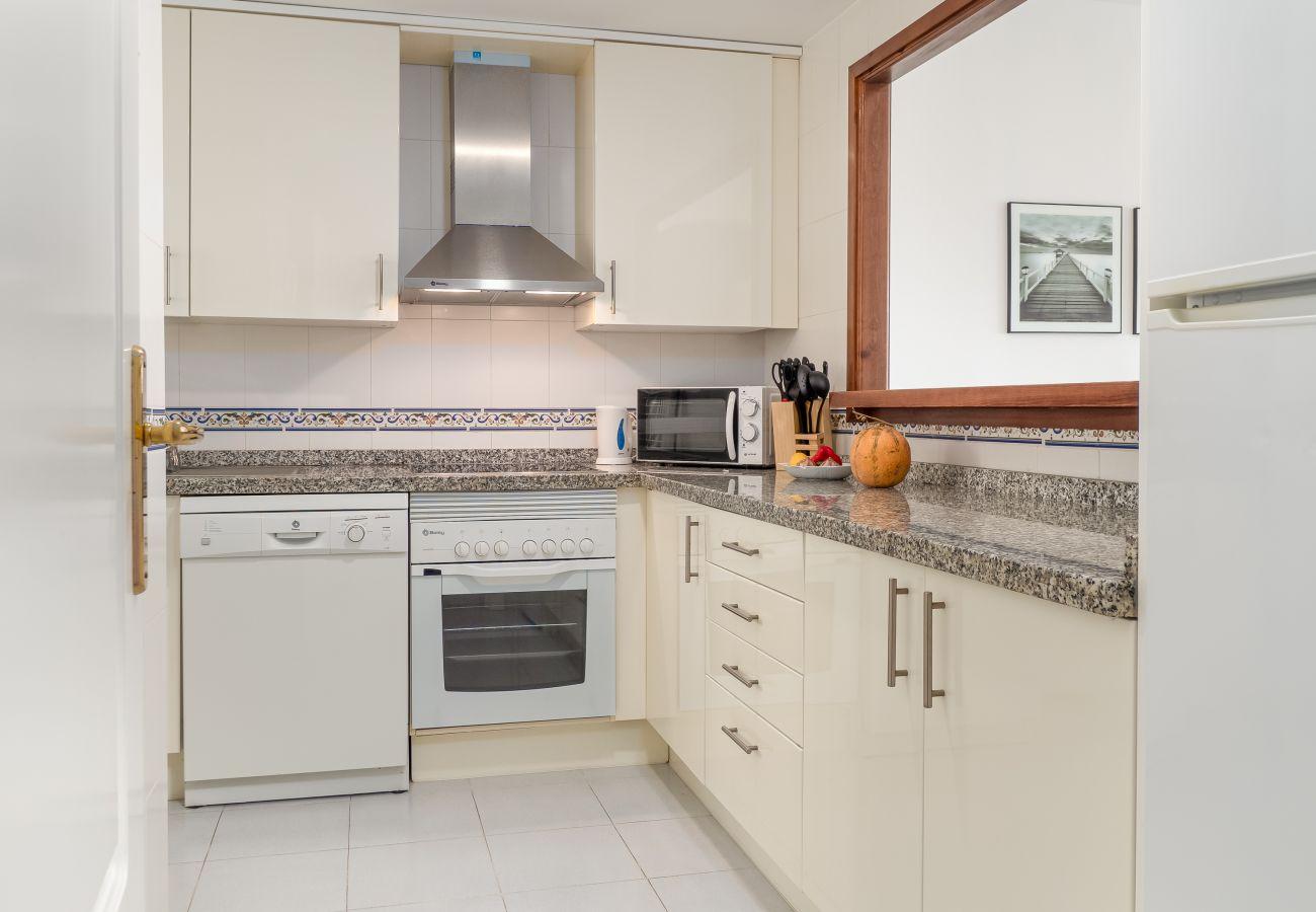 Zapholiday - 2290 - apartment rental La Duquesa, Costa del Sol - kitchen