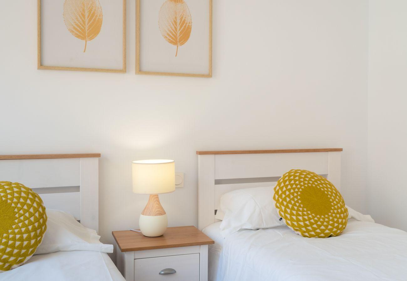 Apartment in Manilva - Duquesa Village 2290