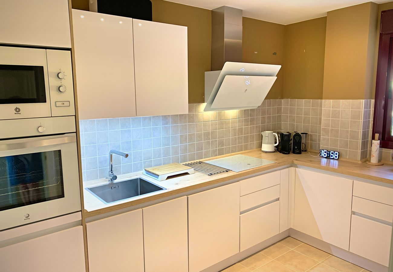 ZapHoliday - 2303 - apartment rental in Manilva, Costa del Sol - kitchen